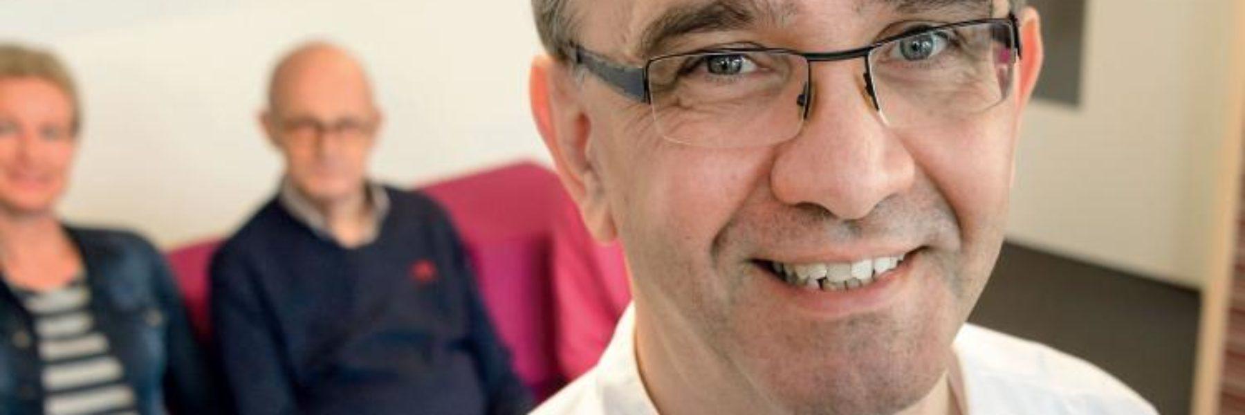 Tandarts-geriatrie Arie Hoeksema: 'Neem mondzorg in de basisverkering voor de 75-plusser'.
