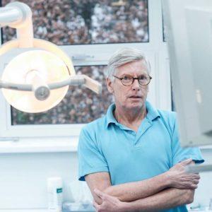 Slechte zorg voor gebit wordt ouderen fataal.